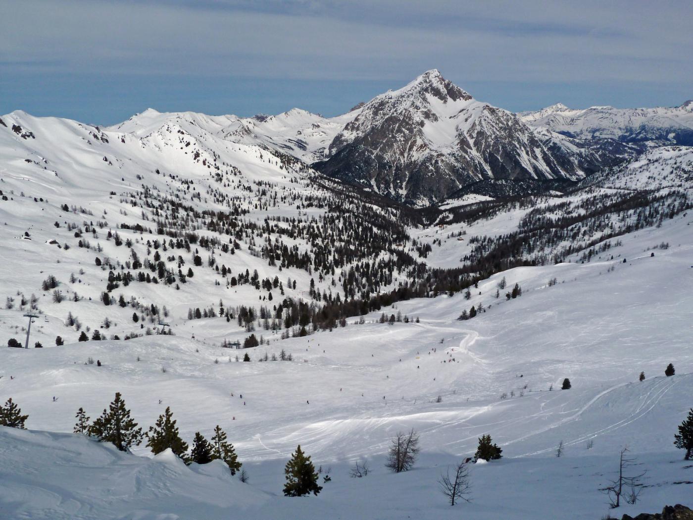 Dalla cima, verso nord: monte Chaberton e valle Gimont