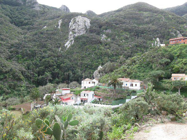 Barranco de Roque Bermejo traversata da Chamorga 2015-03-11