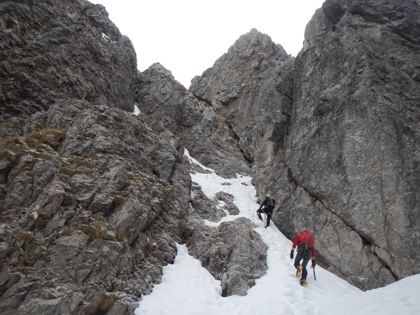 verso i primi salti di roccia