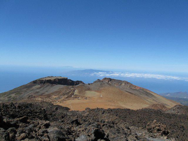 verso il Pico Vjieo con sullo sfondo Gomera e El Hierro