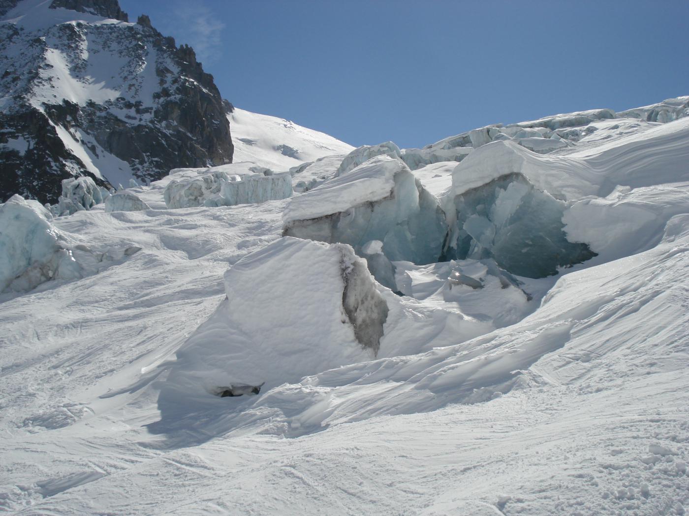 blocchi di ghiaccio vivo