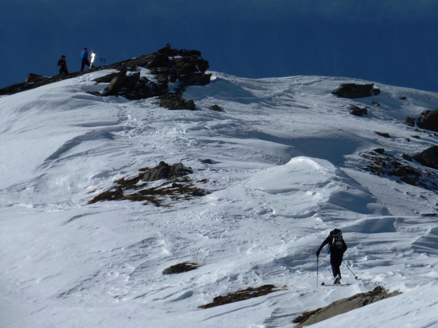 dove si rimettono gli sci sotto la cima