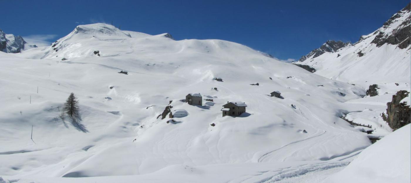 Dondena (Rifugio) da Mont Blanc 2015-03-28
