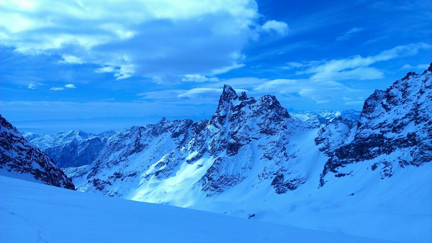 I becchi della tribolazione dal ghiacciaio di Roccia Viva