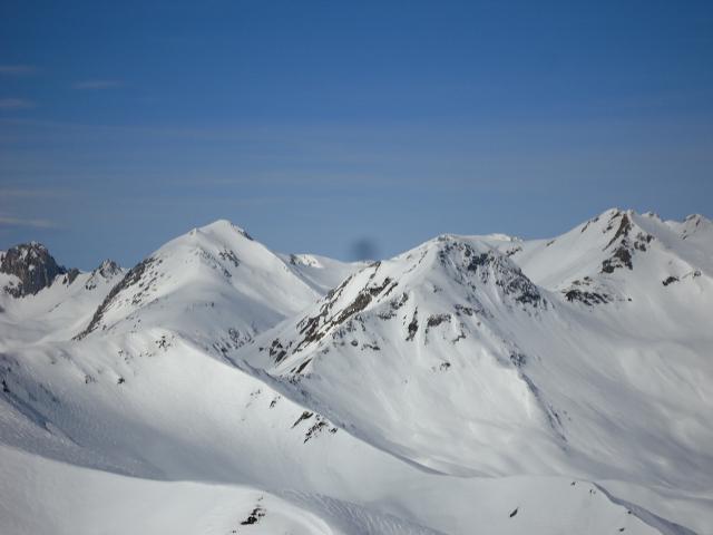 sullo sfondo Monte Omo