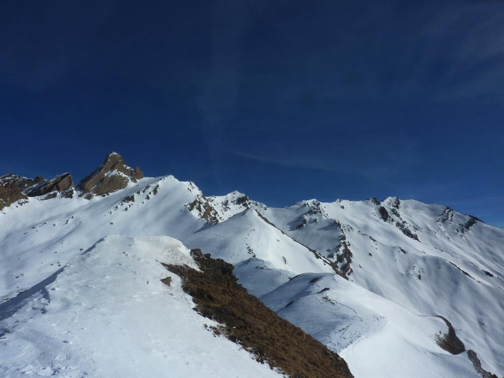 vista dalla quota 2821 verso la Rossette e dietro tutta la Cresta, Pic D'Asti ,Brusalana Aiguillette