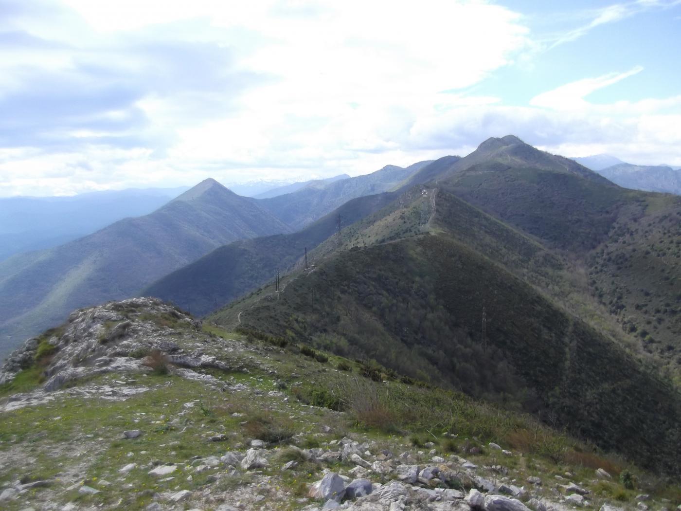 il crinale percorso visto dal Monte Croce
