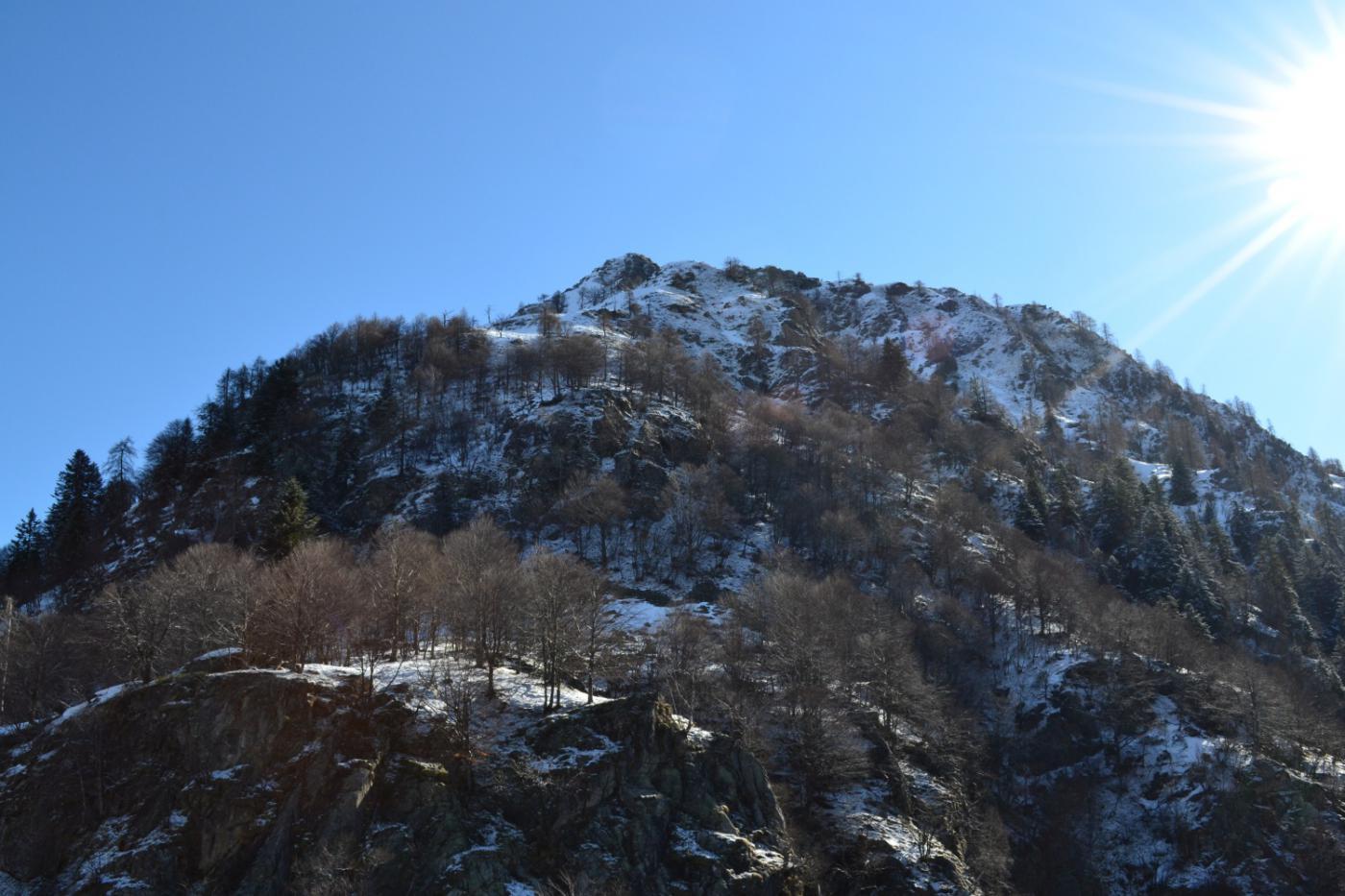nei pressi della bastionata rocciosa da superare