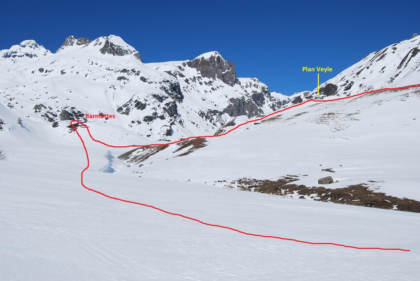 Breuil (Vallone) da La Thuile, anello degli alpeggi 2015-04-06