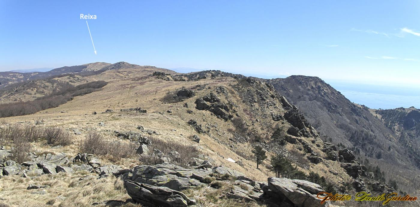 Beigua (Monte) e Monte Reixa da Varazze, traversata aVoltri per il Rifugio Argentea 2015-04-10