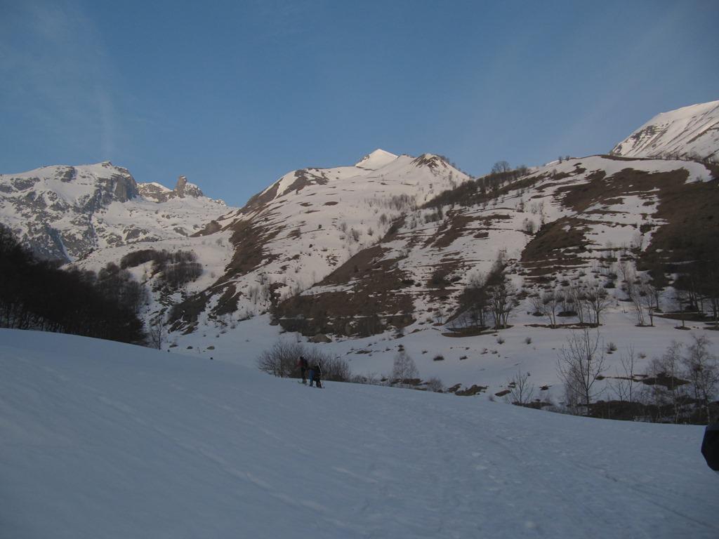 vista della Rocca Abisso e del Chiamossero da Alpe di Papa Giovanni