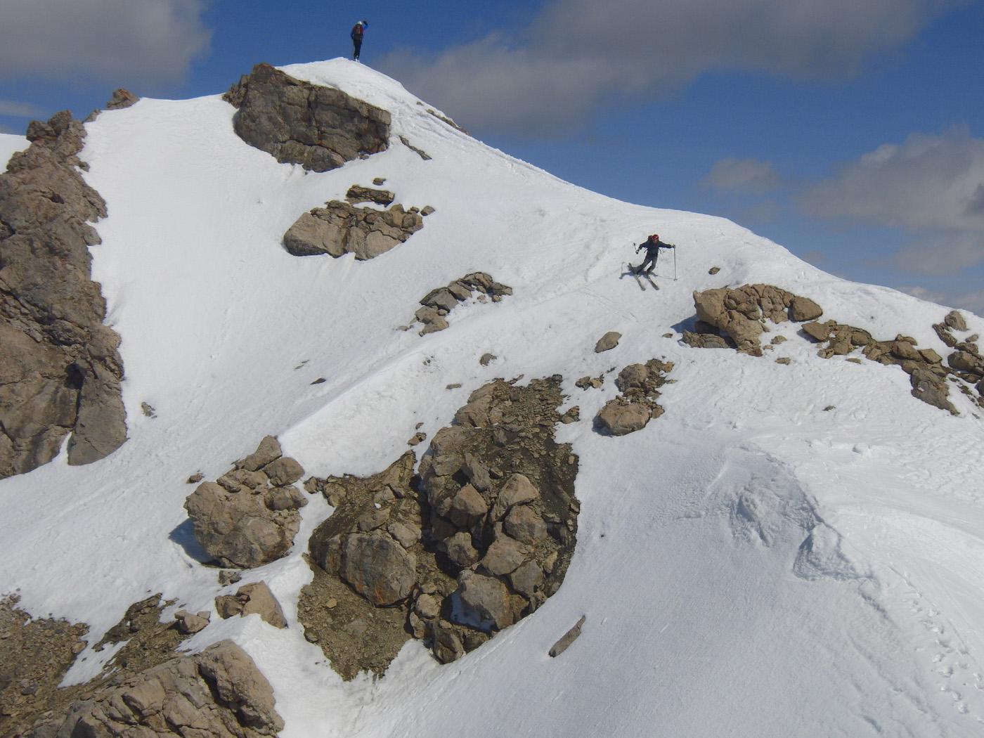 Partenza dalla cima sciistica