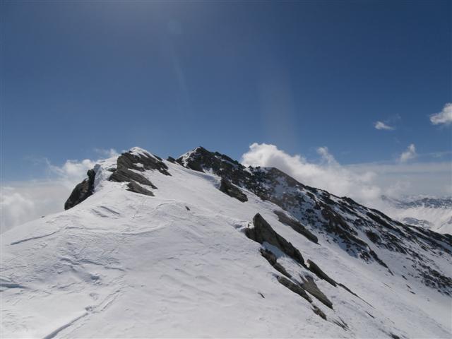la crestina da risalire per il monte Ferra