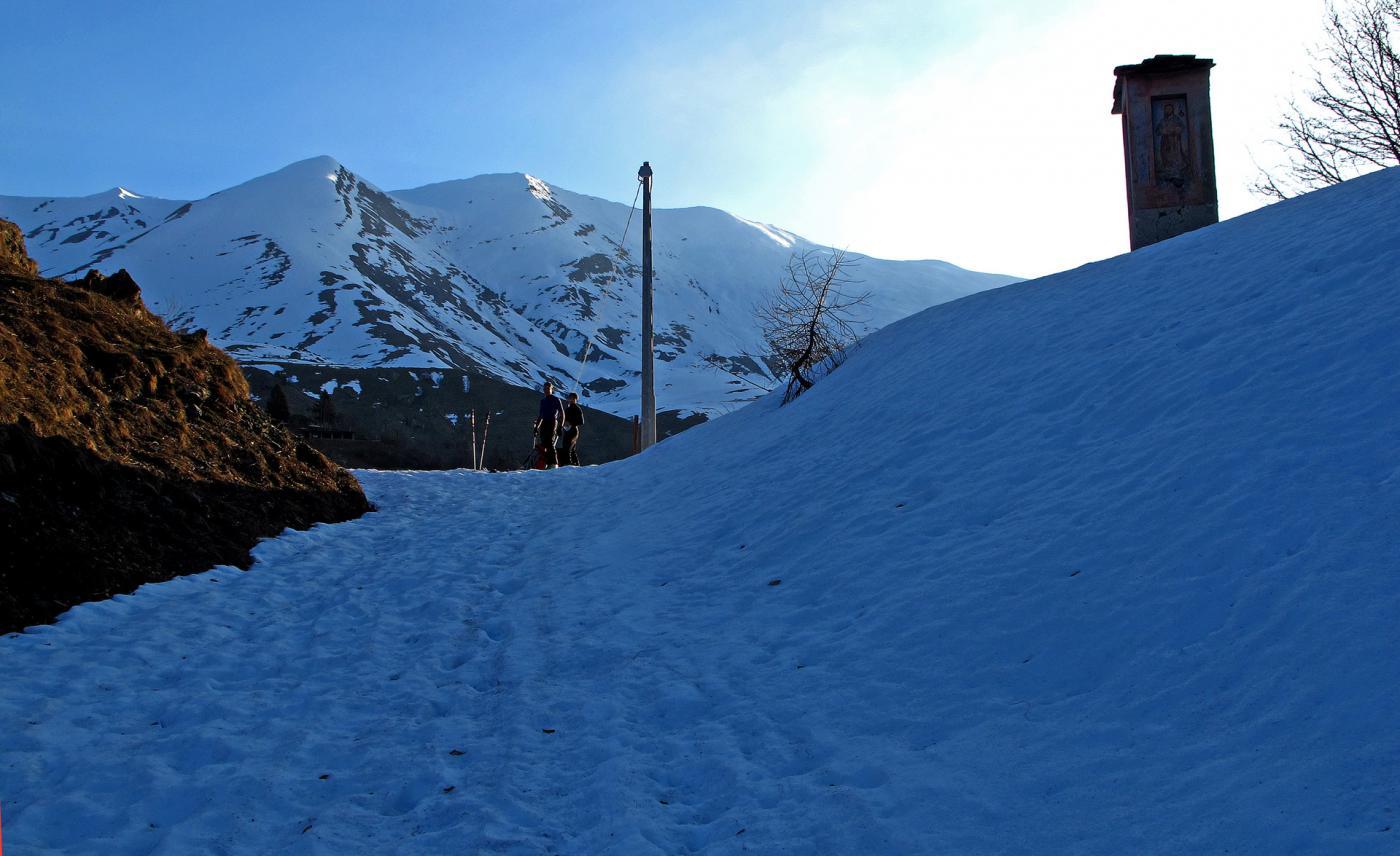 Qui proviamo a mettere gli sci,ma per poco