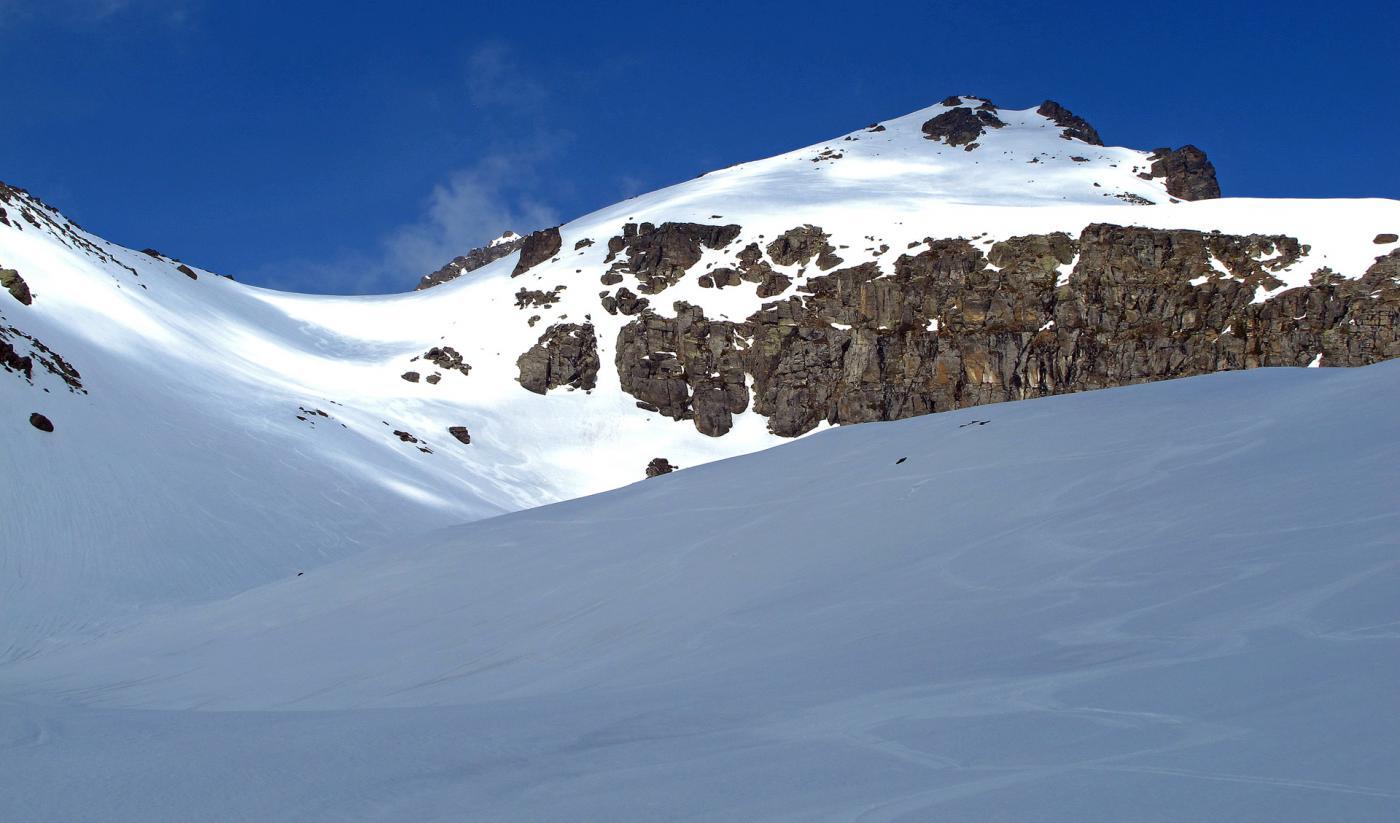 Un saluto alla punta,neve bellissima