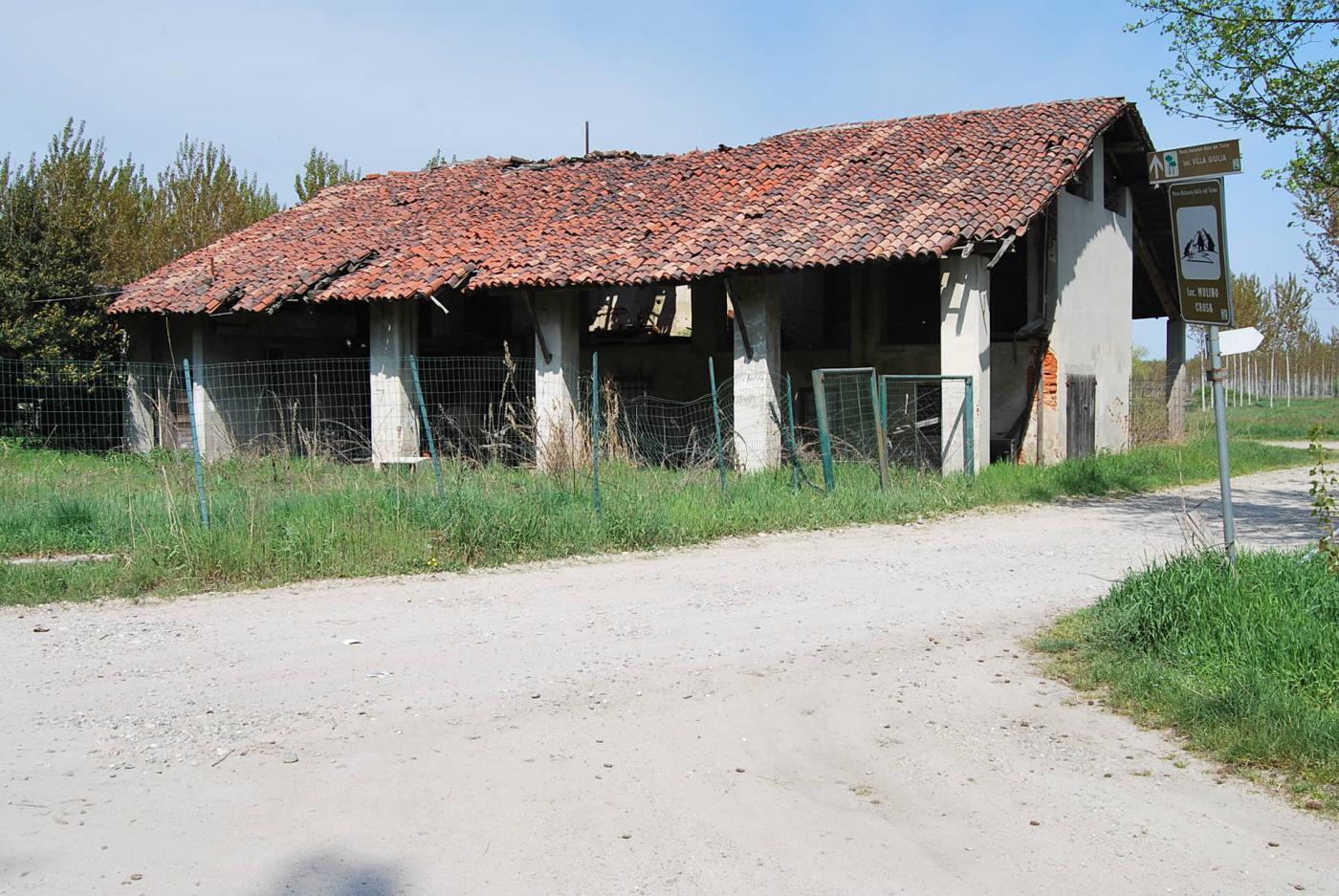 Vecchio mulino in località Crosa di Cerano