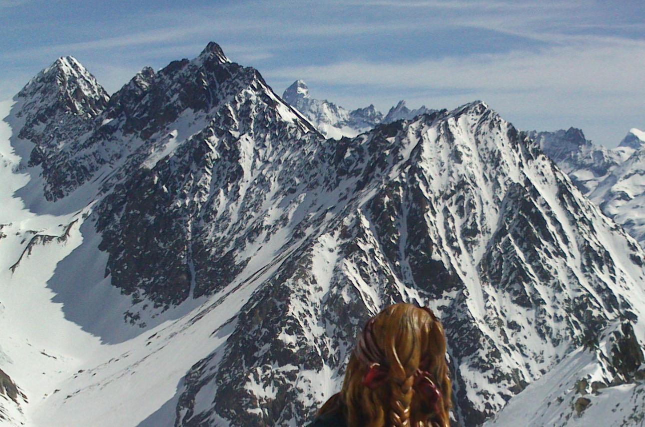 in lontananza appare l'isola del Matterhorn