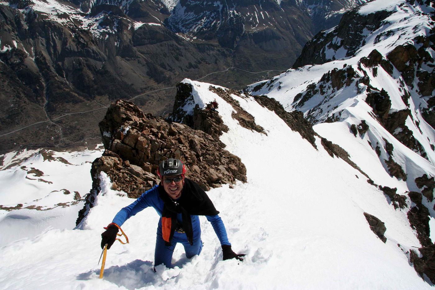 discesa verso gli sci, 20 metri sotto