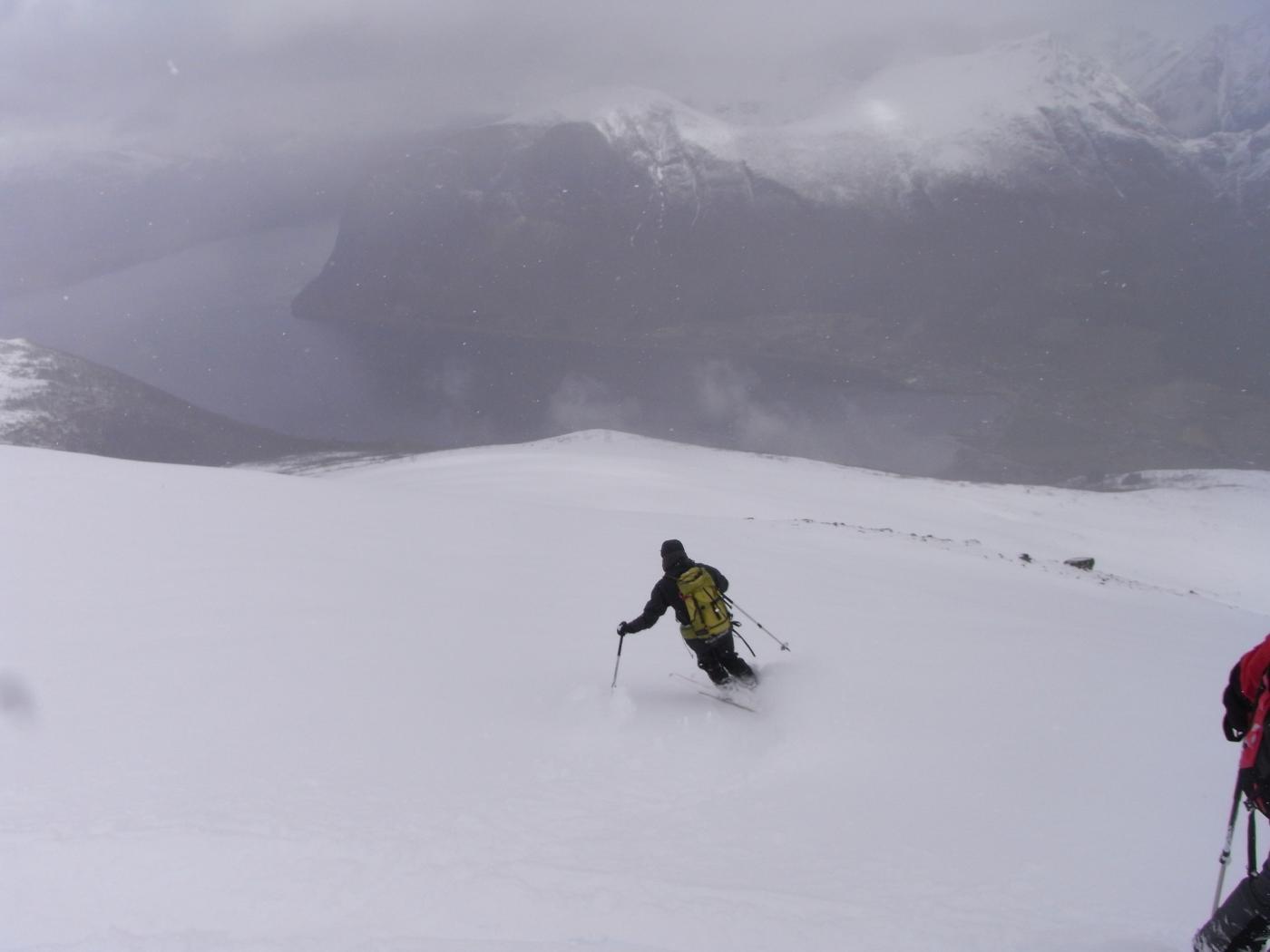 Elena sul pendio nord, di fronte l'Innfjorden