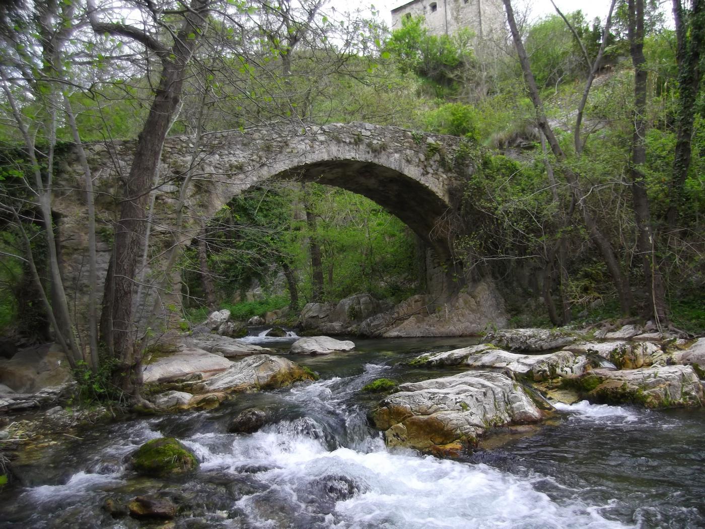 il ponte sotto borgata Bassi