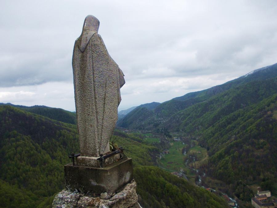 la madonnina sulla Rocca