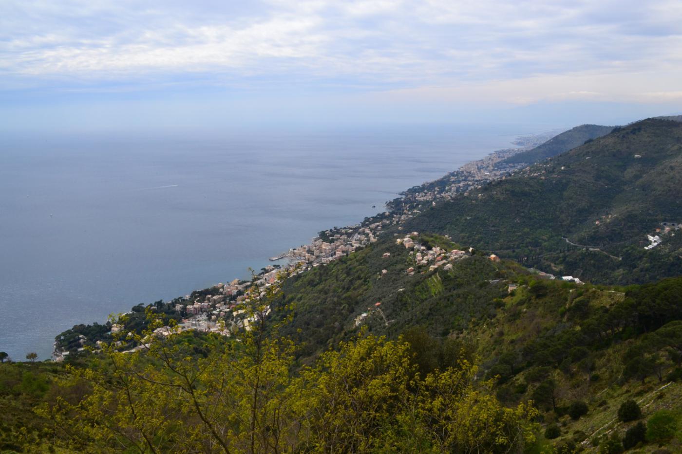 panorama verso la costa genovese