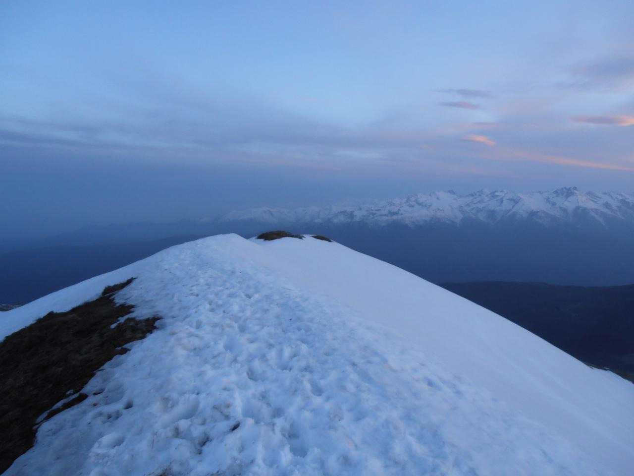 06 - dalla cima la cresta verso sud