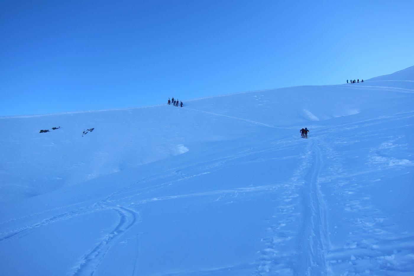 si lasciano gli sci