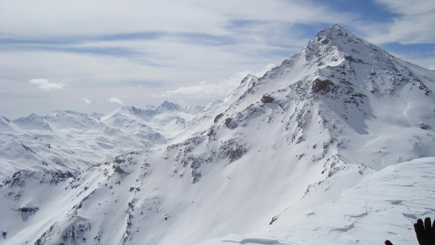 la rognosa con molta neve