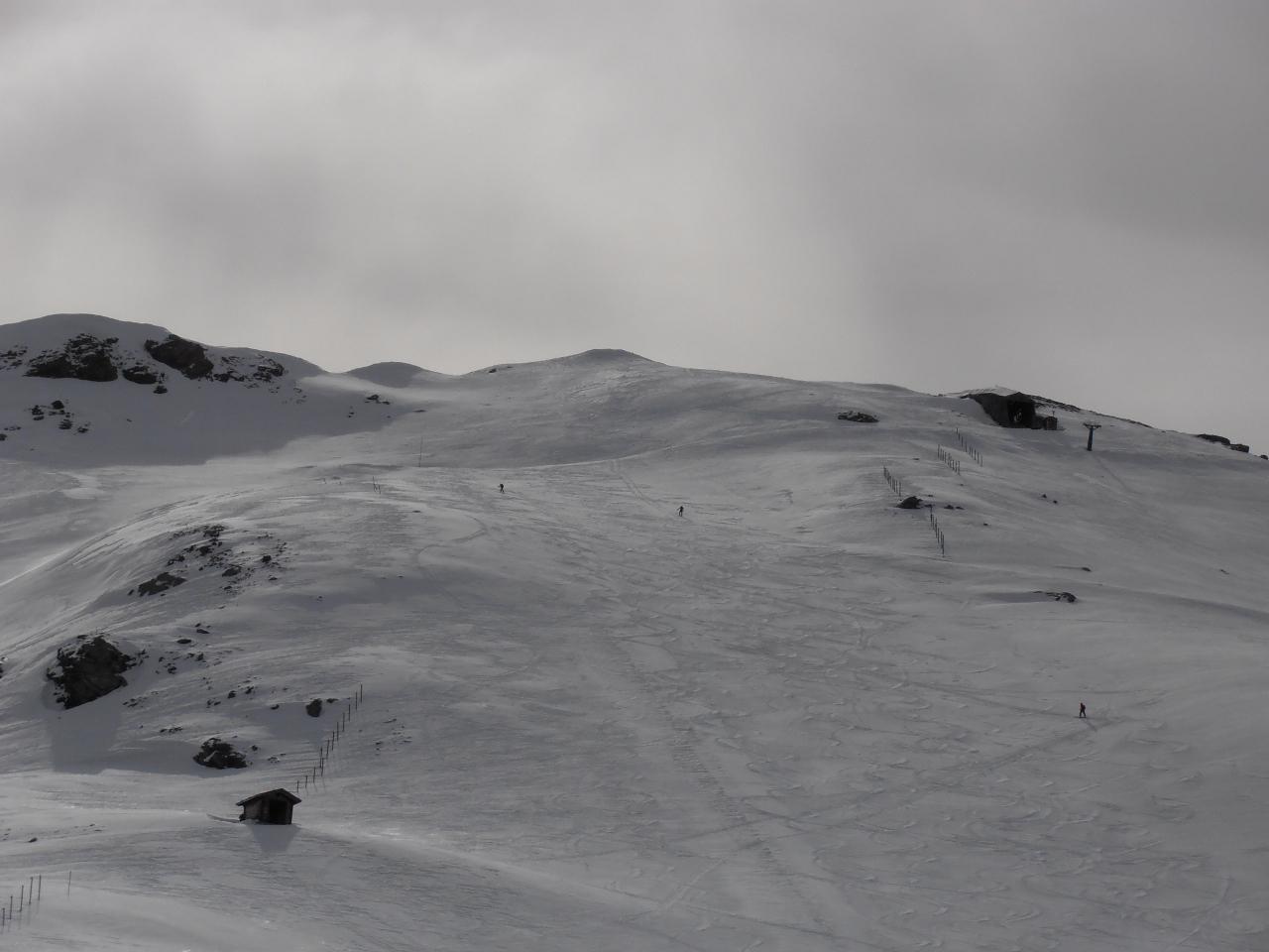 01 - dalla Tana della Volpe verso il Banchetta, vento forte