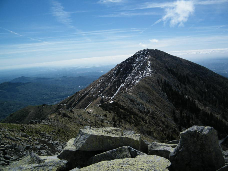 Cucco (Monte), Monte Becco e Cima Tressone da Oropa, anello 2015-05-02