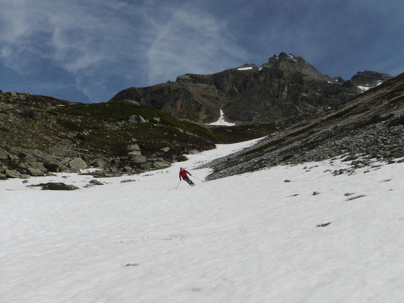 il primo dei due valloncelli innevati percorsi fino a quota 2100 m.
