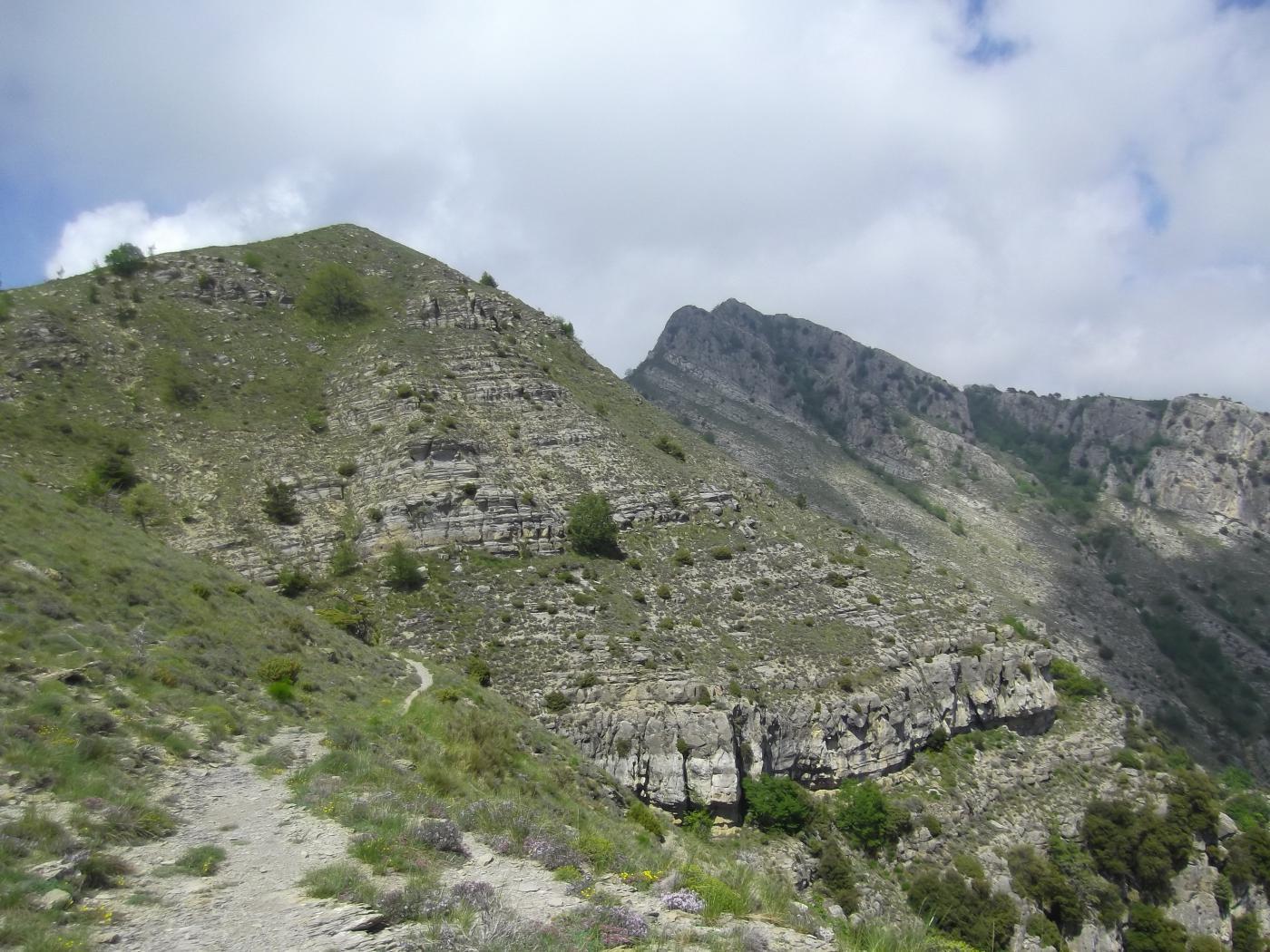 Mont Tron e Fourquin dalla discesa verso Libre.