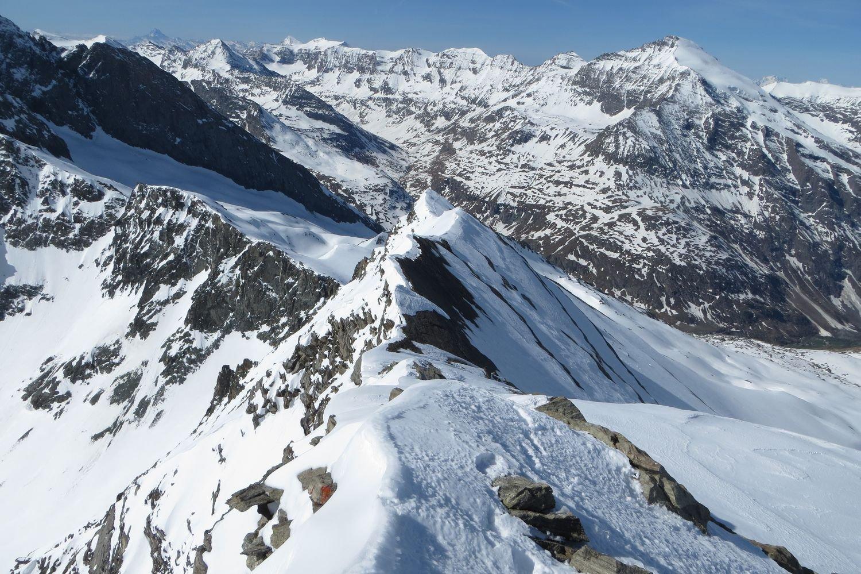 la cresta percorsa, vista dalla madonnina