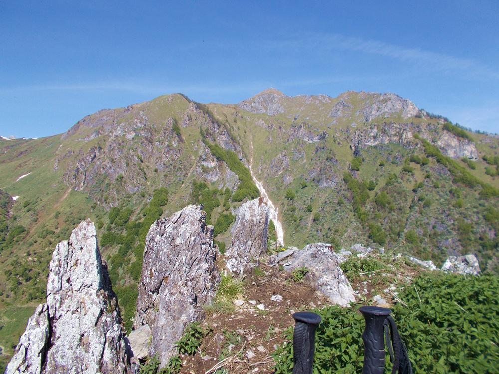 dalla cima ,vista sul Monte Fantino