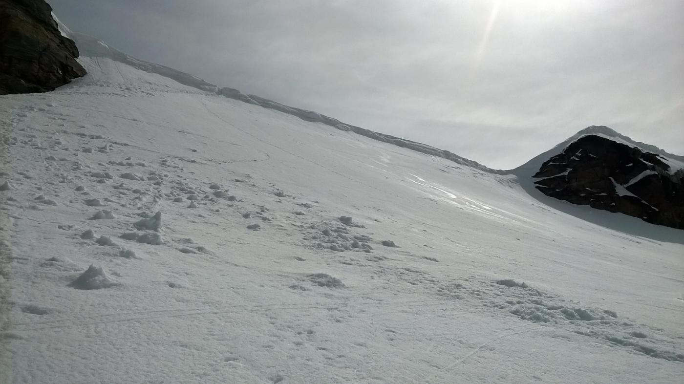 Deposito sci e cornice