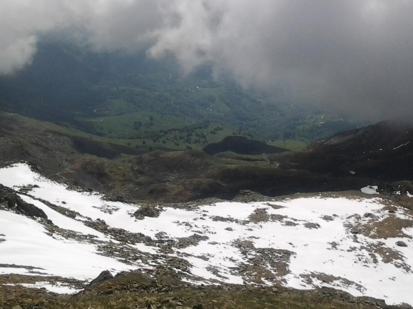 Dalla cima, il vallone appena risalito