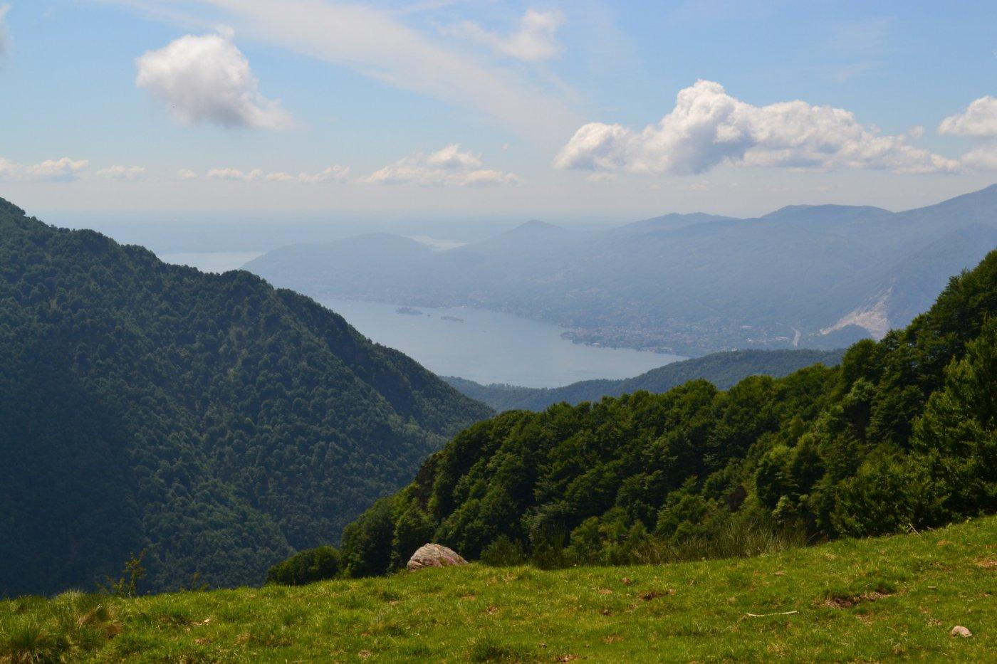 panorama verso il lago di ritorno a Leciuri