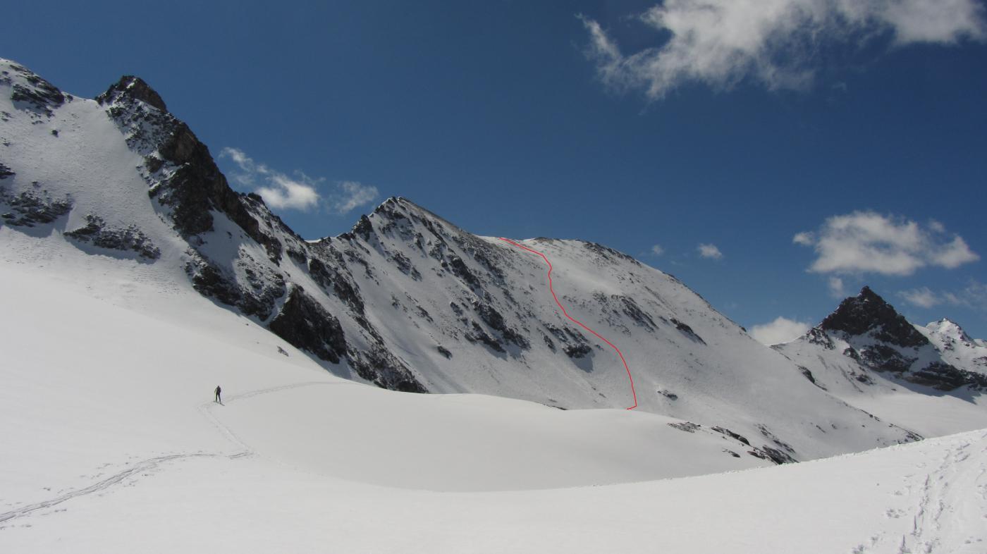 La linea seguita per scendere dal Truc Blanc vista dal Col Giasson