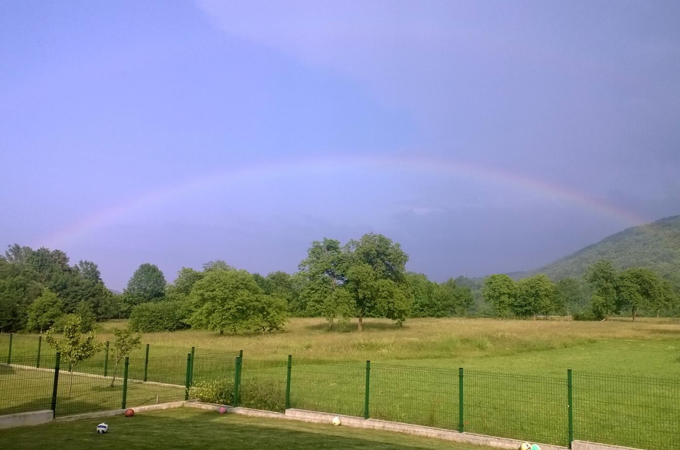 arcobaleno dopo il temporale a Gaiola