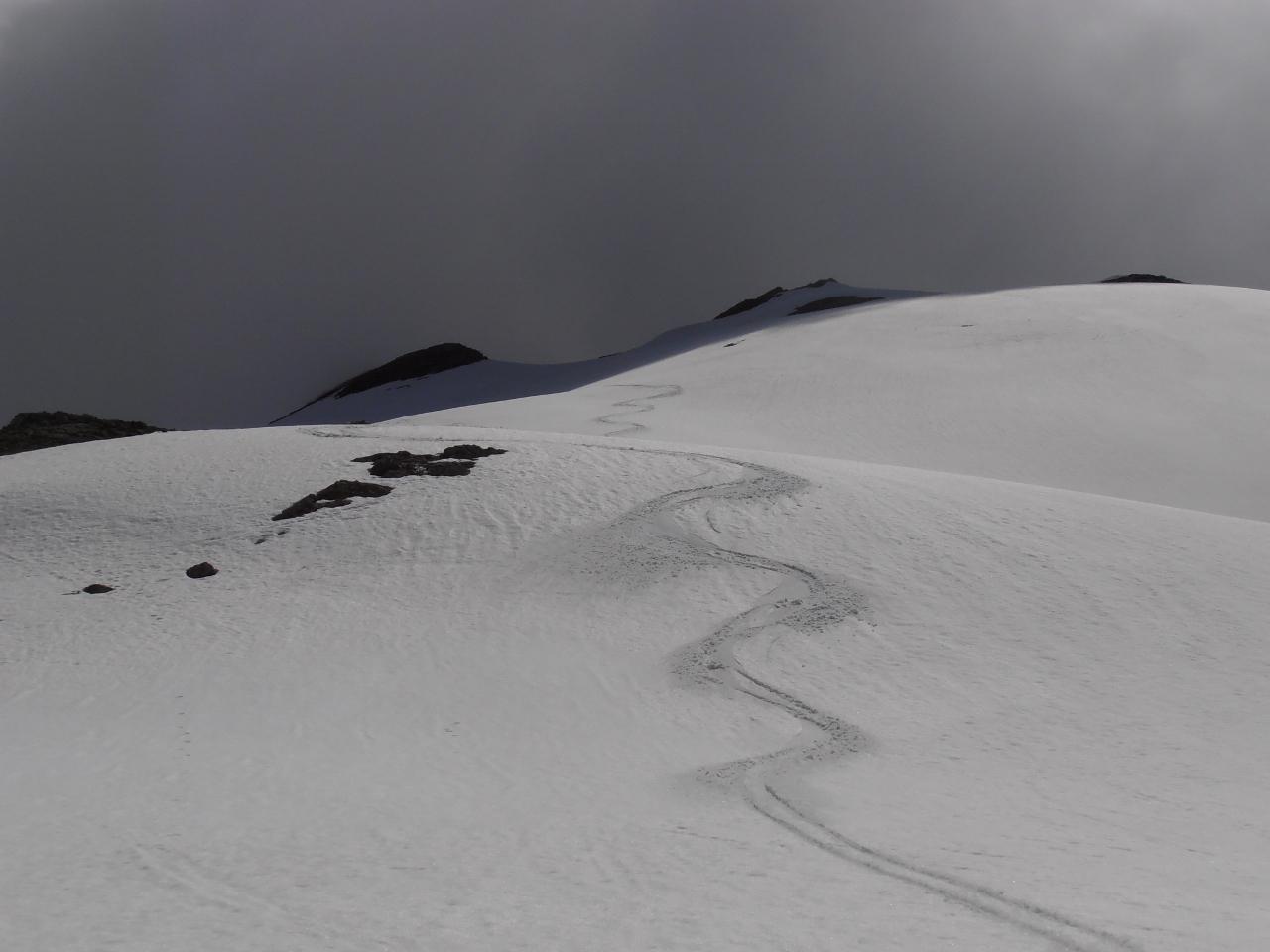 01 - discesa lungo la cresta Ovest