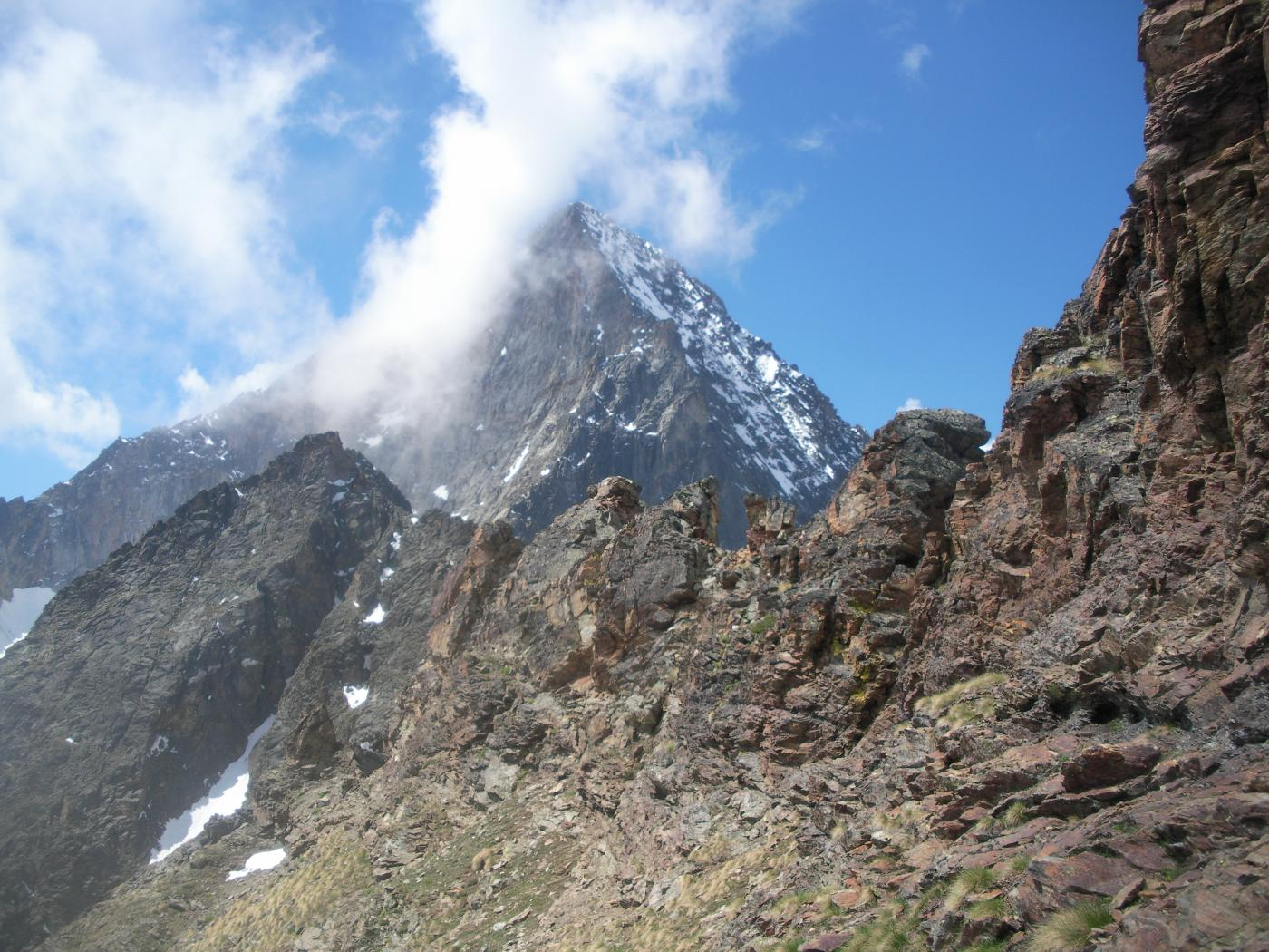 la cresta sud-ovest verso il Col Peccoz..