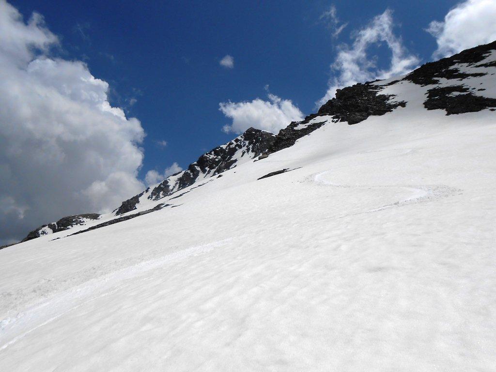 Neve dignitosa scendendo nel vallone della Ruine