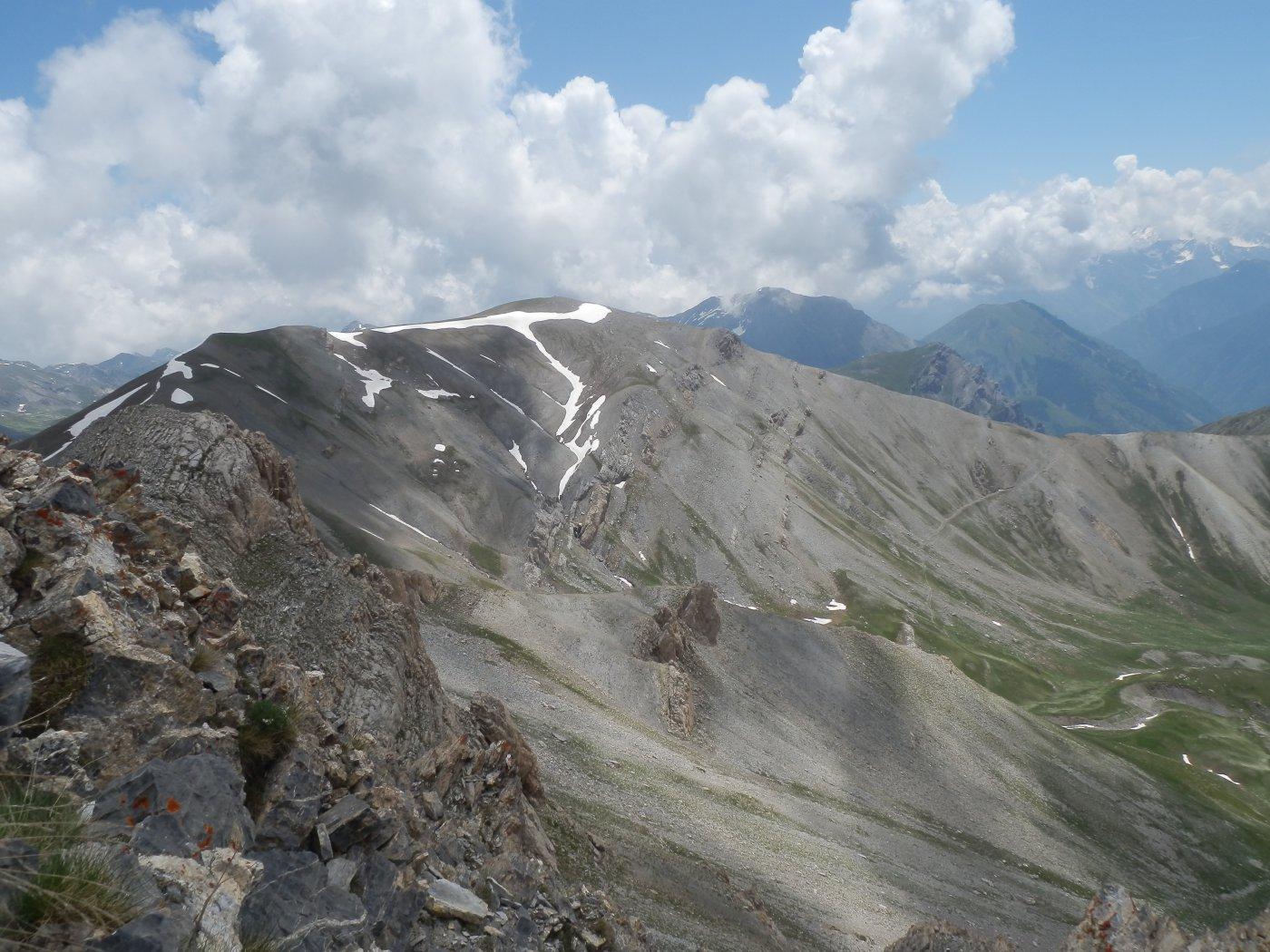 panorama dalla vetta verso il Monte Bodoira