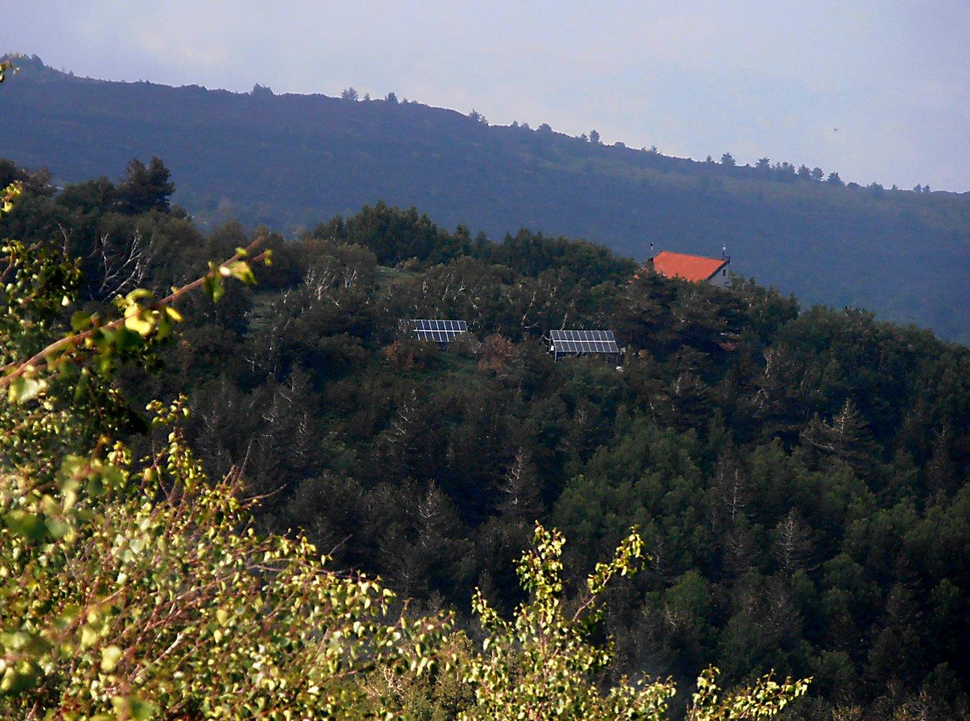 il rifugio Citelli salendo al Serracozzo