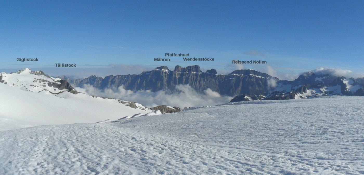 Giglistock e montagne della catena Tällistock-Titlis