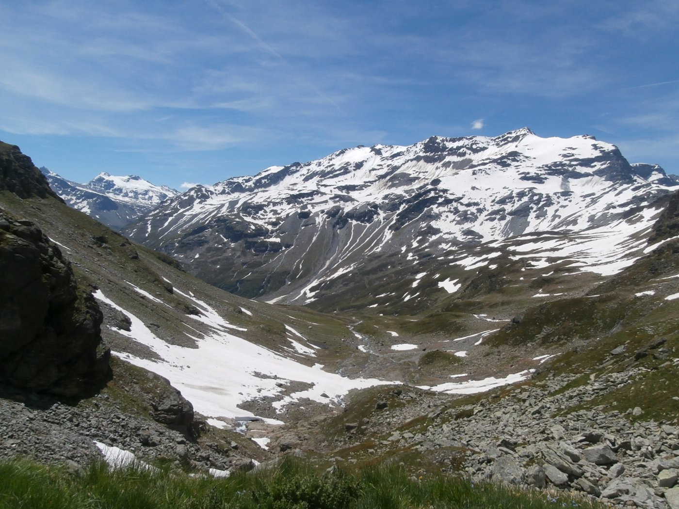 panorama dal lago verso l'Ormelune  e fino alla Gran Traversière...