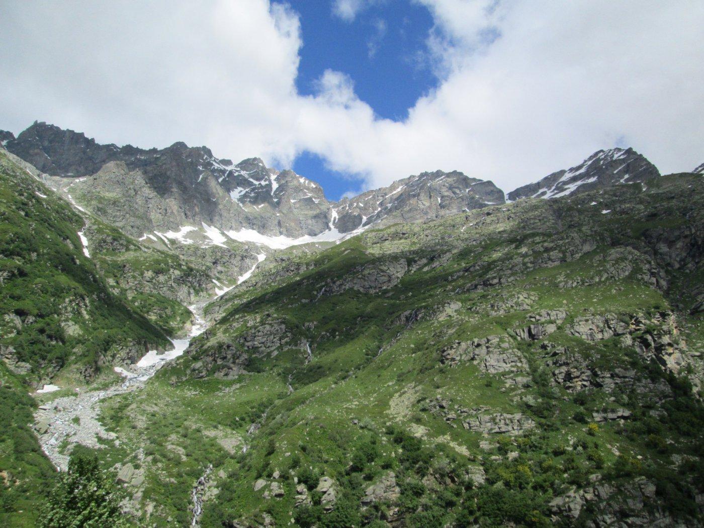 panorama verso il rifugio Ferreri