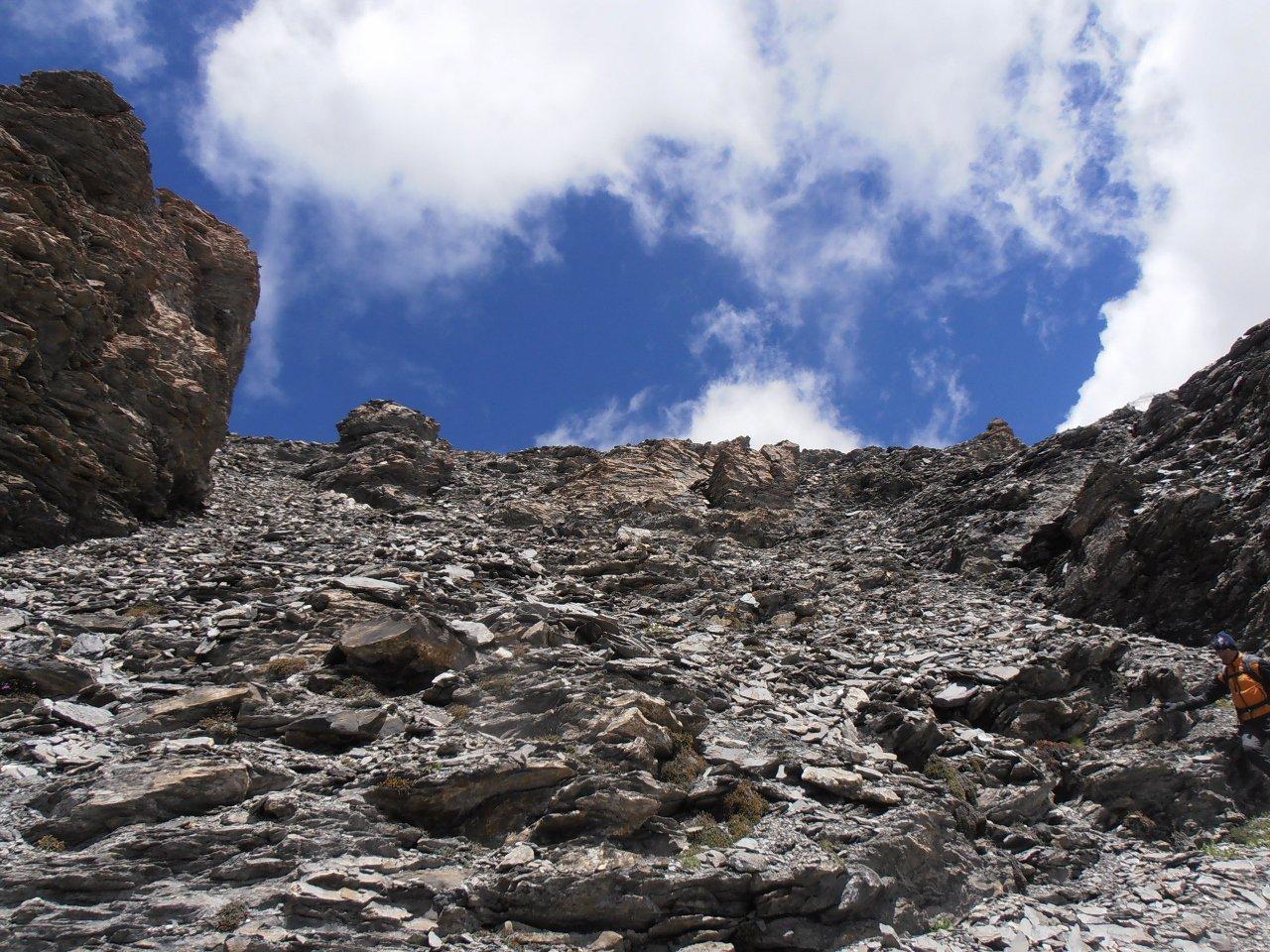08 - canale detritico per la cima