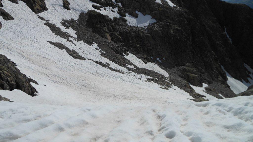 Canale nevoso  prima del bivacco